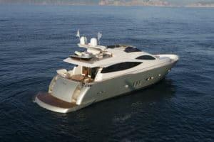flybridge yacht 76 piedi