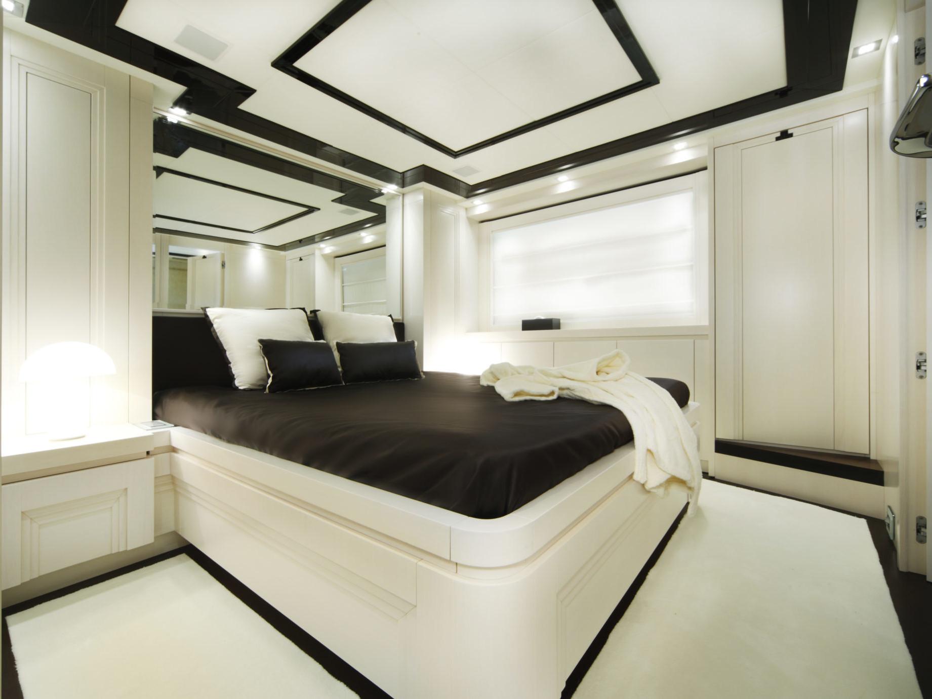Guest Cabin_Customizable N26