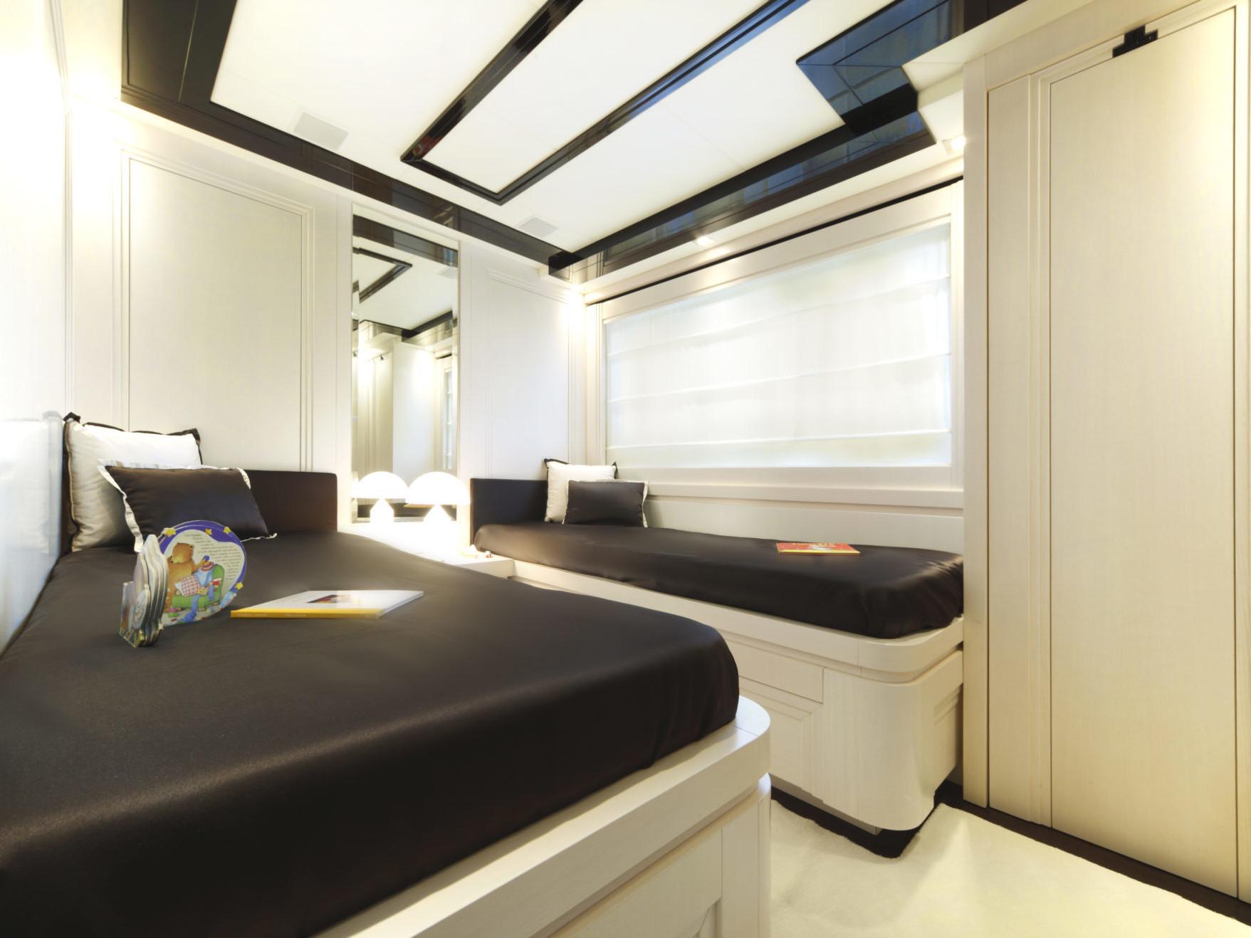 Guest Cabin_N26 Customizable