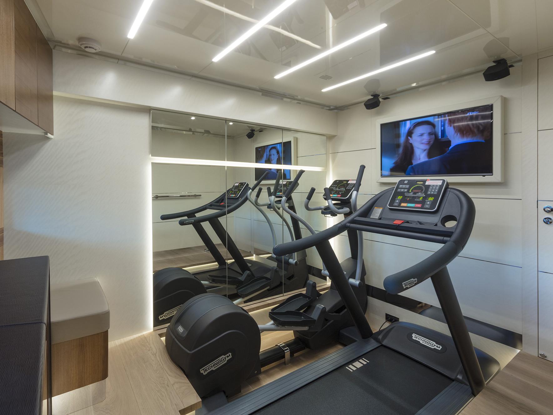 Gym Yacht Navetta 26 Luxury