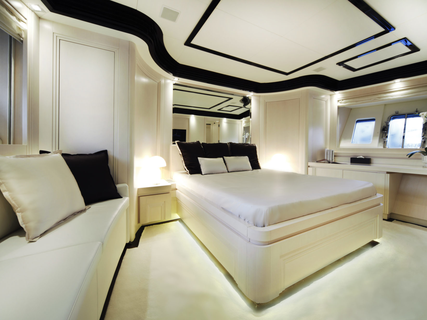 N26 Vip Cabin_Custom Luxury Yacht Filippetti (2)