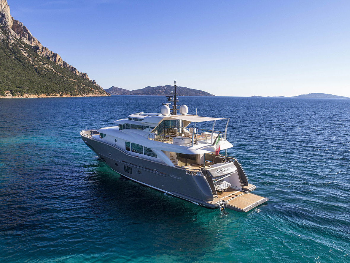 Navetta 26 Filippetti Yacht_luxury sales