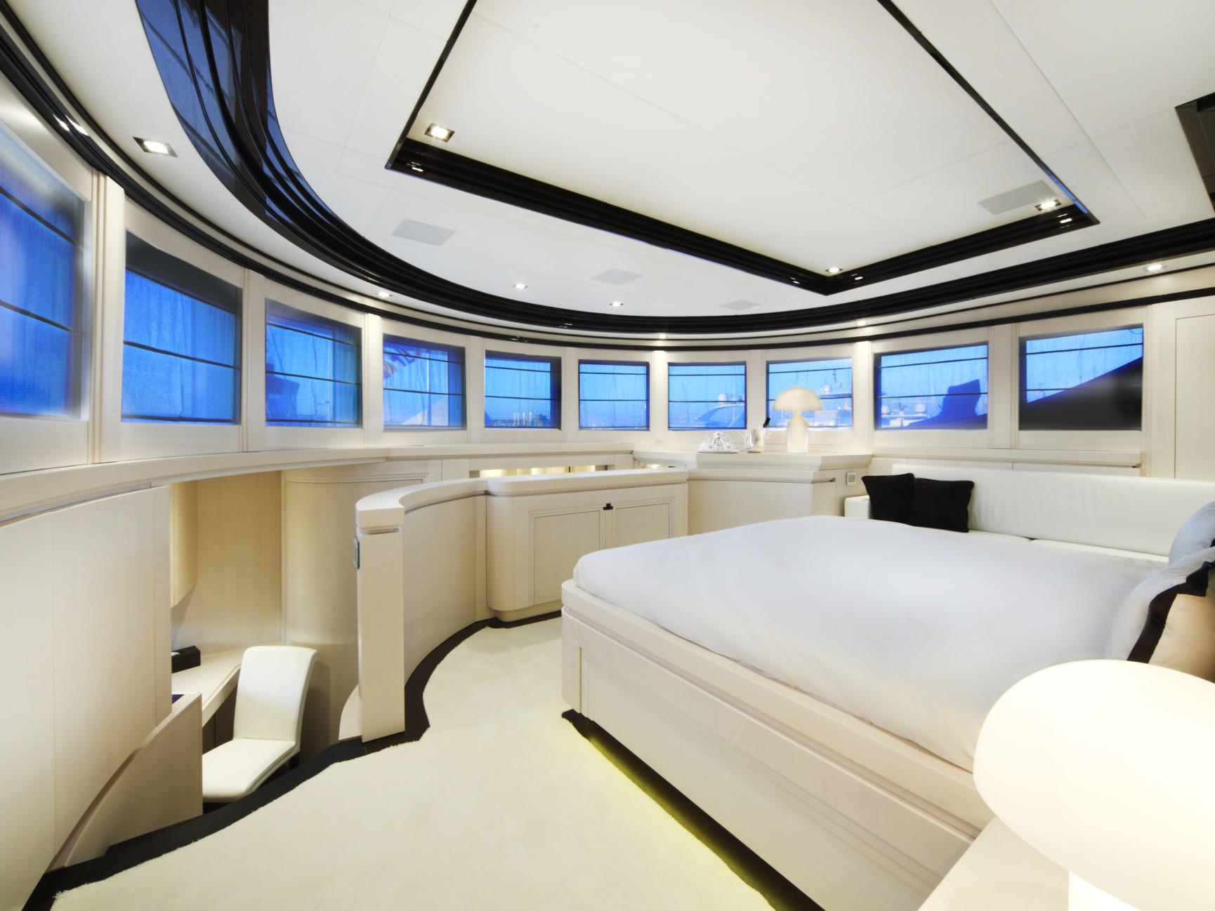 Custom Yacht Navetta 26 meters