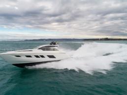Imbarcazione alte prestazioni di lusso S55