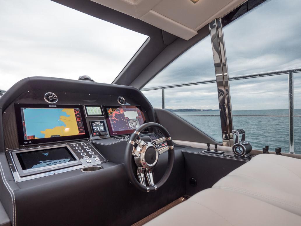 Performance open yacht