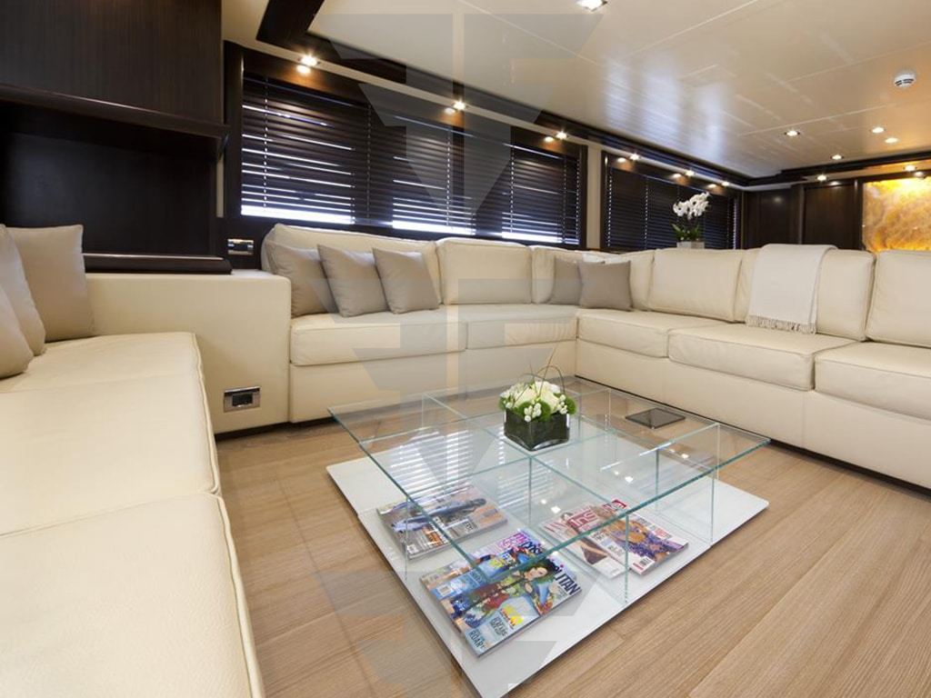 Displacement yacht for sale