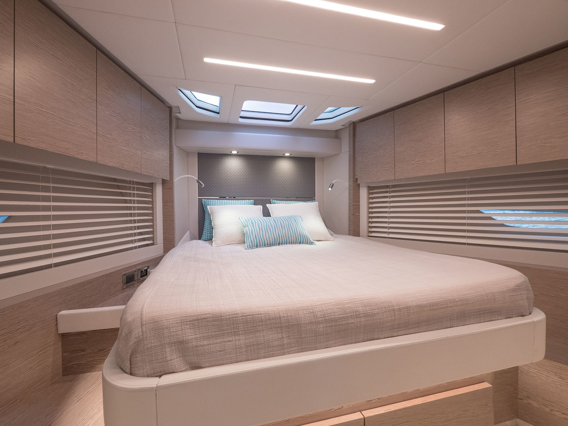 interior design sport yacht