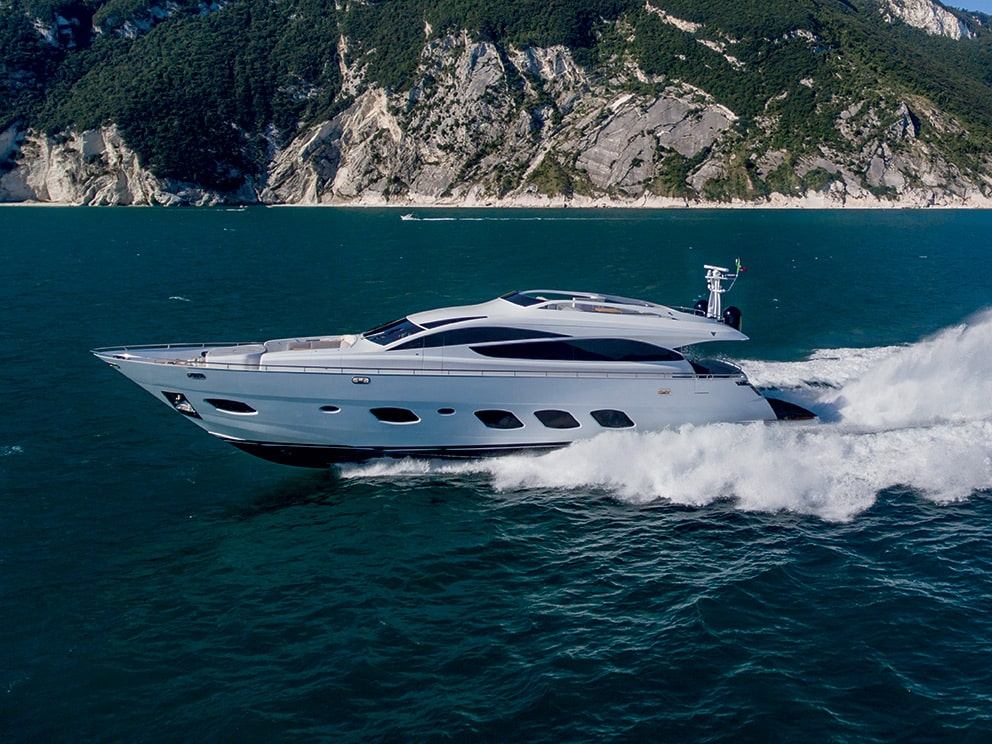 fly bridge yacht F93