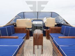 Camper & Nicholsons, Endeavour 42 in vendita