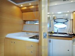 Yacht Usato Esclusivo Sarnico Alte Prestazioni